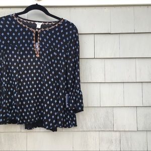 NWT Forever 21 Flowy Top